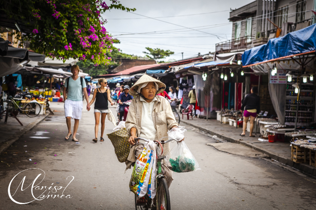 Old lady near the market